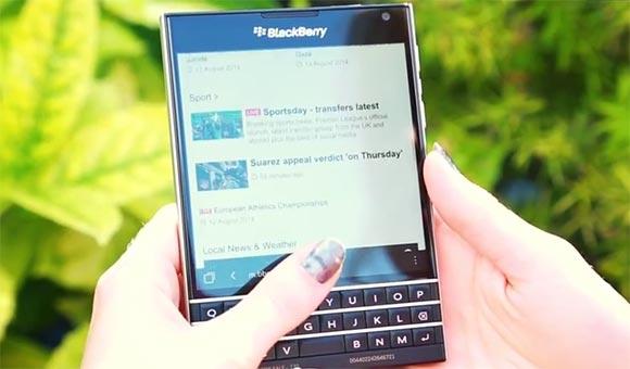 Blackberry Passport智能键盘演示在视频中