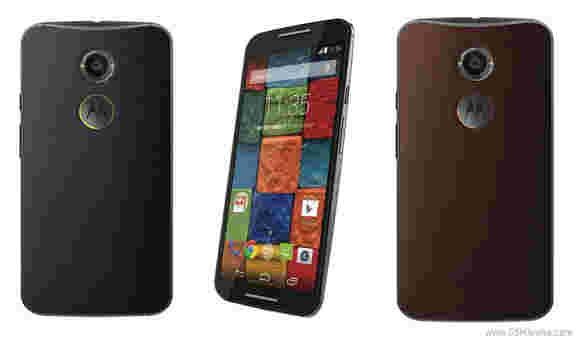 AT&T和Verizon Moto X(2014)现在可获得最好的购买价格300美元