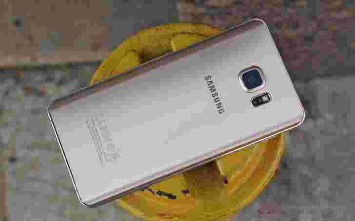 三星Galaxy Note 6传言,带有往返6GB RAM,5.8英寸展示